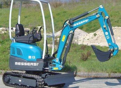 Mini-excavatoarele M-13K