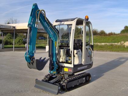 Mini excavator M-16BV